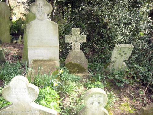 9-highgate-rossettisiddal-grave-sm